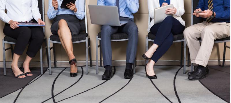 用重點條列式傳遞適合職缺的特質,同時展露出勝過其他求職者的自信與熱忱!