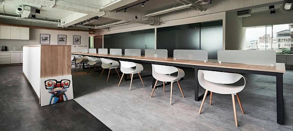 開放式的辦公空間,溝通暢行無阻