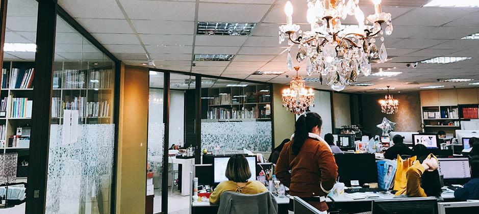 BEAUTY美人圈辦公室