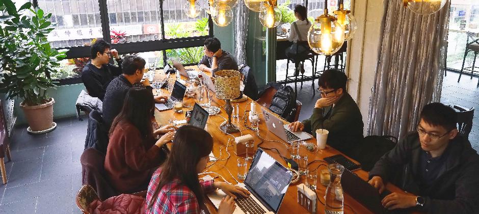 inline 團隊可經常外派餐廳工作,還可以免費享用餐點~