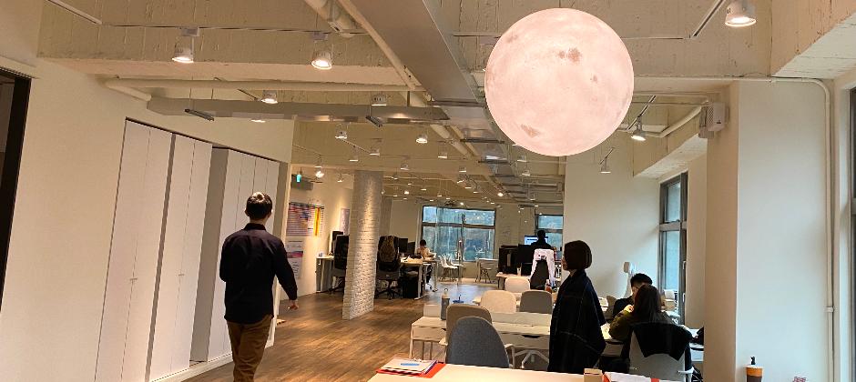 inline 辦公室環境優良,開放式空間也讓工作溝通更有效率