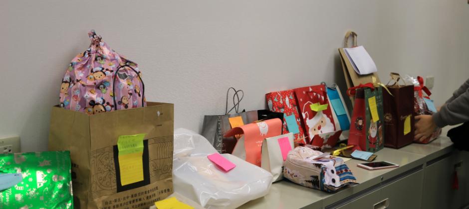 冬至暨聖誕同樂會的交換禮物:D