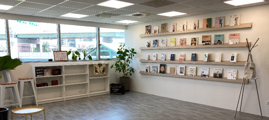 全新寬敞舒適的開放式辦公環境。