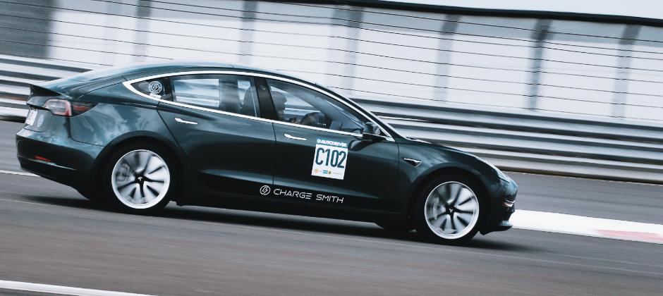 宅電 Team Build 參加車主日,全亞洲第一台Model 3在宅電EV實測賽道
