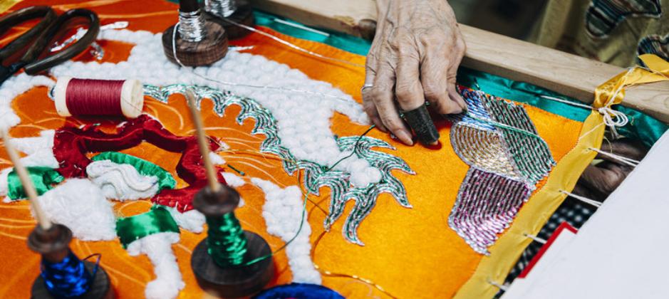 刺繡重鎮最資深繡才獨傳技法 台南光彩繡莊