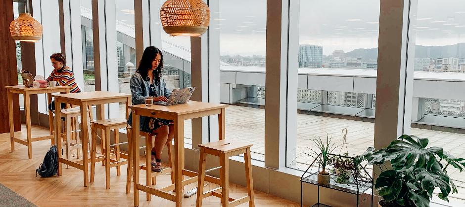 辦公室提供不同的空間與設備,讓大家可依自己的需求來轉換工作模式!